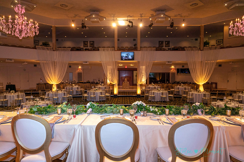 Beautiful wedding at the Oasis Conference Centre during the winter in Edmonton