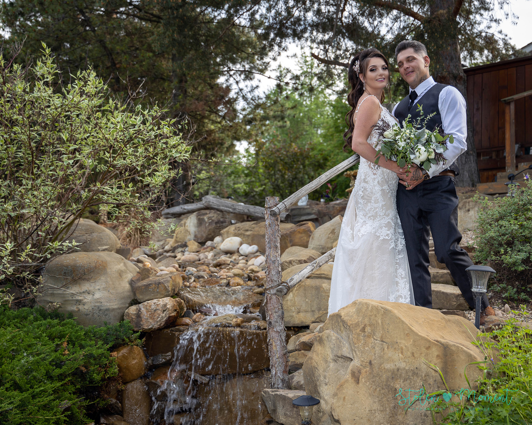 A stunning couple photographed on a beautiful acreage for their wedding day amid Covid-19