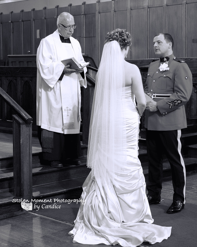 stolen moment photography by candice rcmp wedding