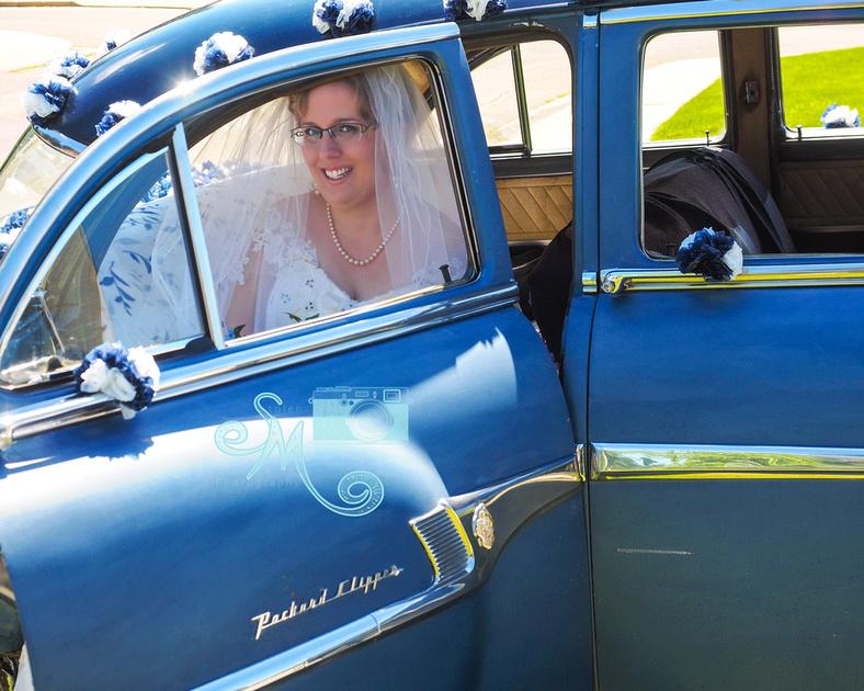 beautiful bride, beautiful car